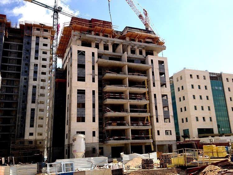תוספות בנייה בבניינים - כל מה שצריך לדעת