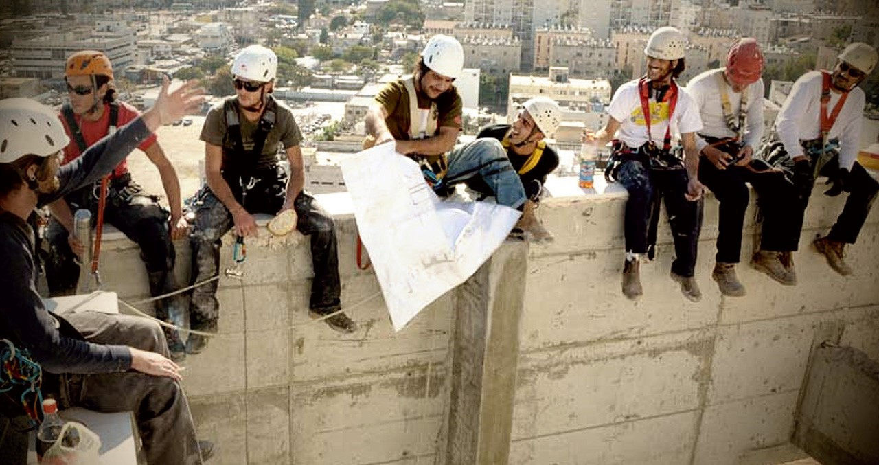 עבודות גובה, שיקום מבנים, תוספות בניה